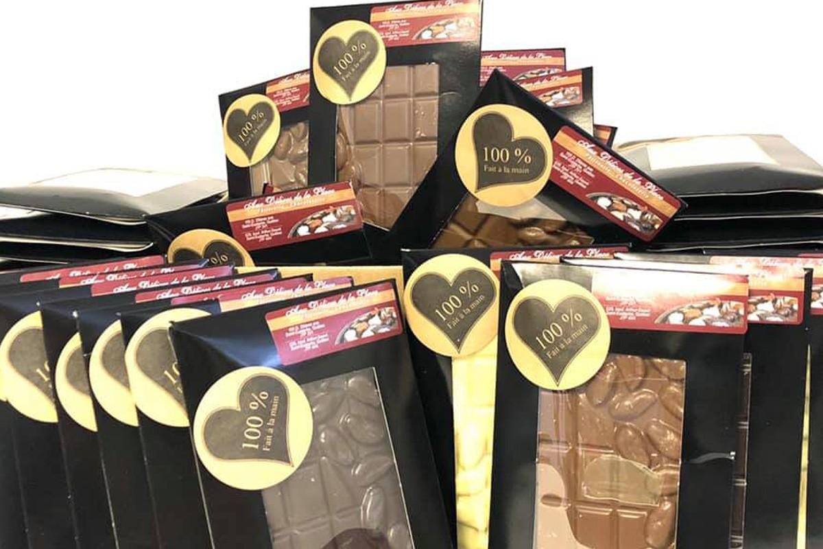 Don de 25 palettes de chocolat à La boîte à sourires